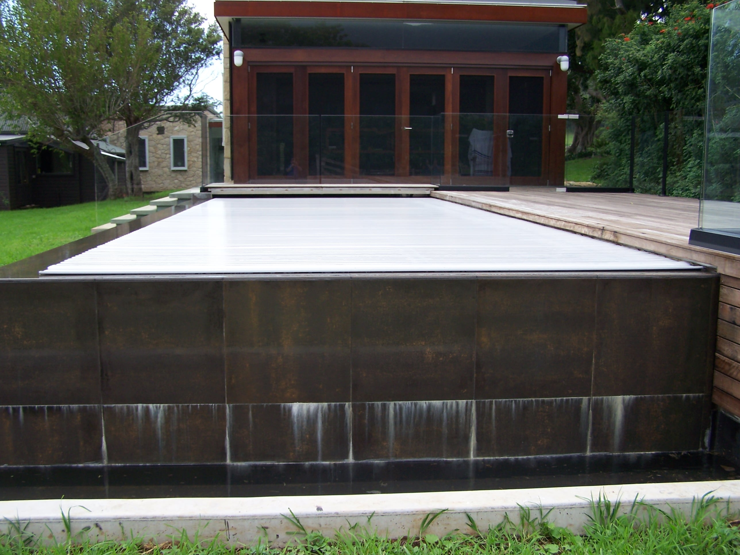 Automatic Security Pool Covers Sunbather